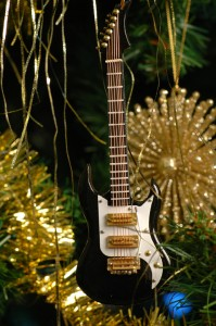 Guitar Ornament 2009